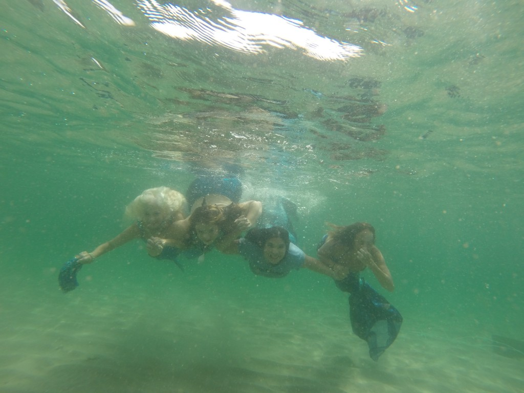 underwater_mermaids